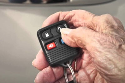Transponder / Keyless entry key replacement and programming for your vehicle's make and model. Re-key car ignition and / or door locks.